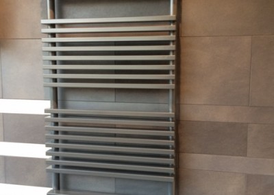 radiateur seche serviettes a eau chaude 815 gg 400x284 - Radiateurs